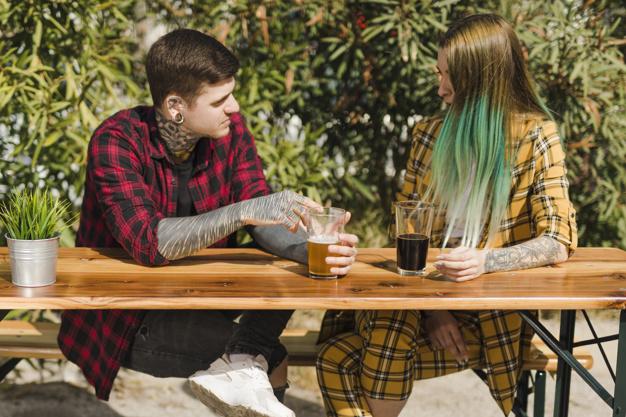 tinder date på ølbar