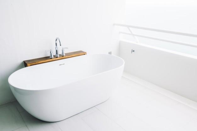 vandrør under badekar